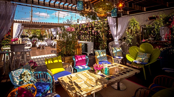 Where to enjoy easter sunday brunch in los angeles for Restaurant le jardin mazargues